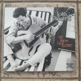 Audio CD: John Pizzarelli (2000) Let There Be Love